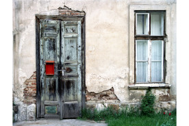 _Hungary-a-door-and-a-window-